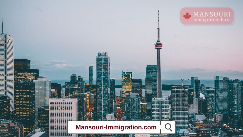 Toronto experienced a record drop in its total population in 2020